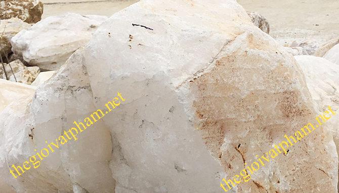 đá thạch anh trắng